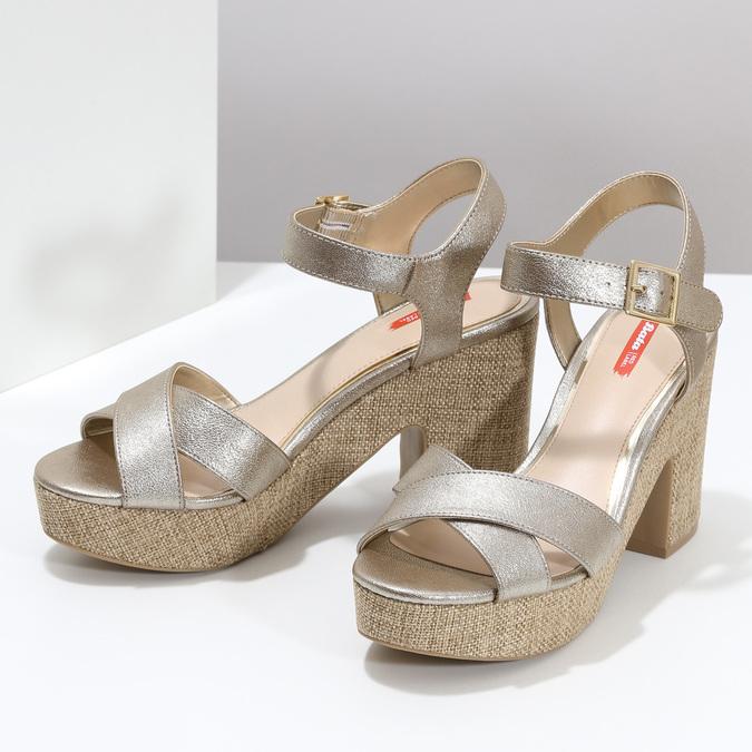 Dámské zlaté sandály na masivním podpatku bata-red-label, zlatá, 666-8621 - 16