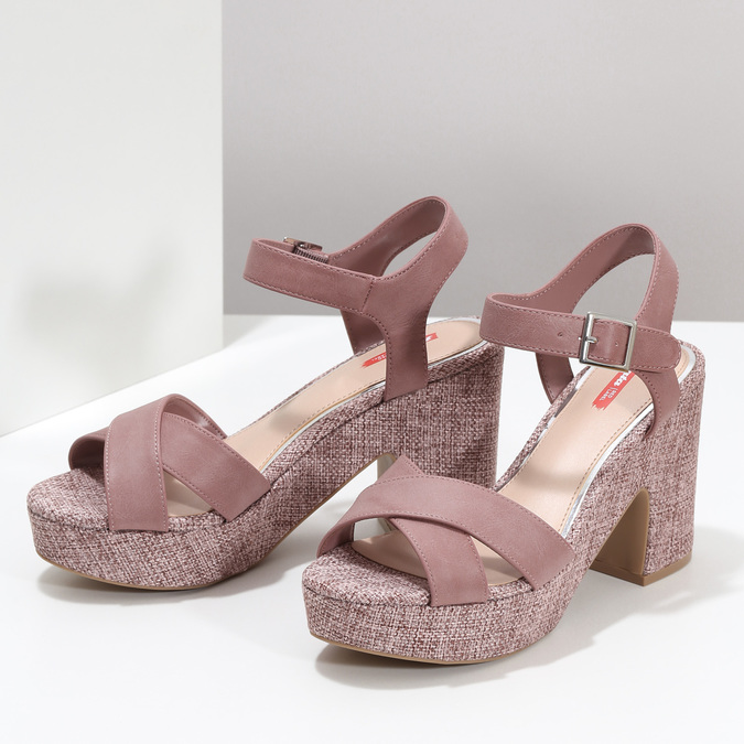 Růžové dámské sandály na širokém podpatku bata-red-label, růžová, 666-9621 - 16