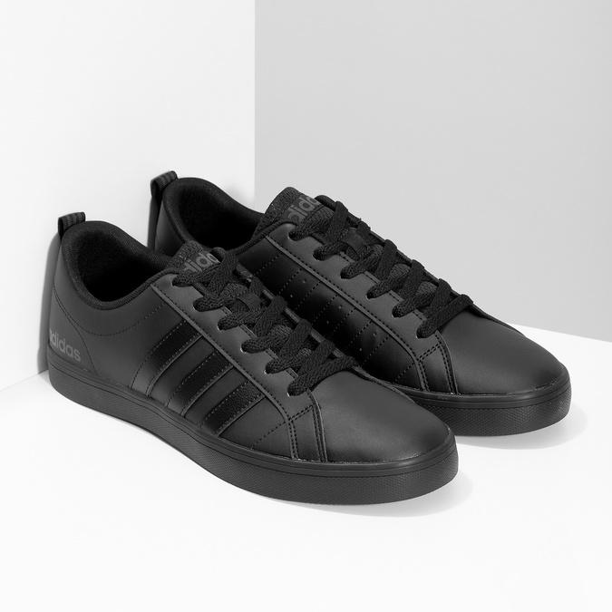 Černé pásnké tenisky s rovnou podešví adidas, černá, 801-6236 - 26