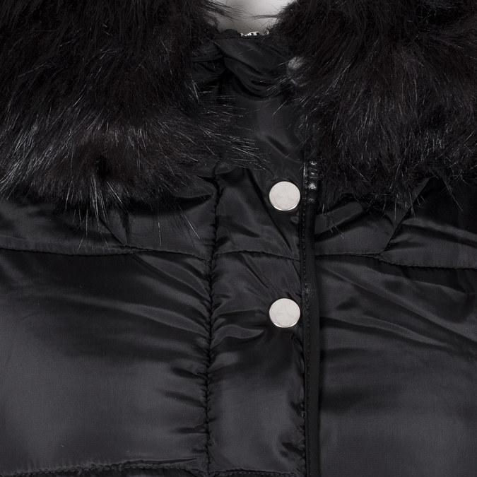 Dámská černá bunda s kapucí a kožíškem bata, černá, 979-6332 - 16