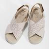 Béžové dámské kožené sandály s perforací comfit, béžová, 566-8610 - 16