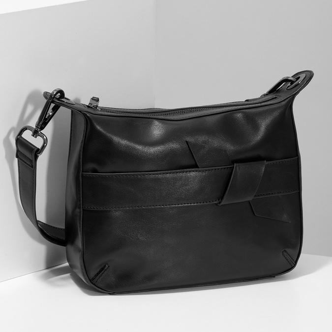 Černá Crossbody kabelka s prošitím bata, černá, 961-6992 - 17