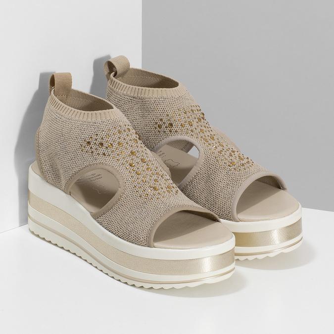 Béžové sandály na flatformě bata-light, zlatá, 669-8625 - 26